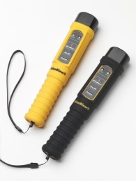 Alkohol tester Lion AlcoBlow v silikonovém obalu - žlutý nebo černý